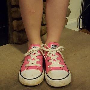 Pink girls Converse